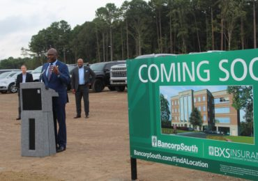Mayor Frank Scott urges citizens to vote for his Rebuild the Rock plan on Tuesday; gives tribute to Erma Hendrix